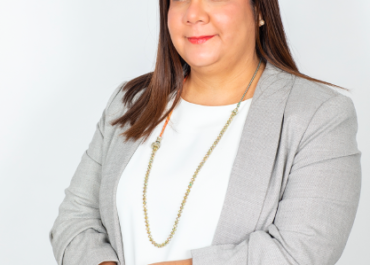 Bilingual Real Estate Alejandra Alvarado Is Committed to Providing You with The Highest Quality Real Estate Investment Services